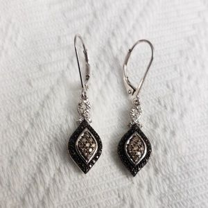 Jewelry - Sterling silver black and chocolate diamond lever